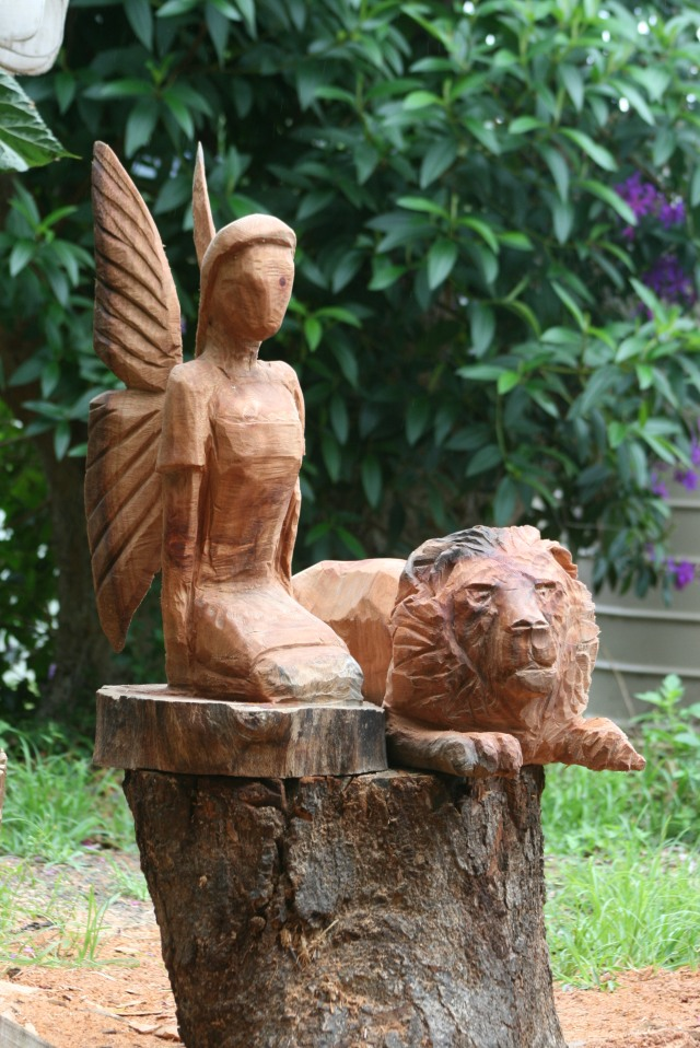 Angel and lion pic good