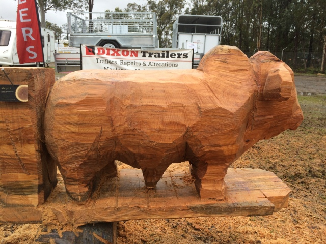 farm fantastic bull carving